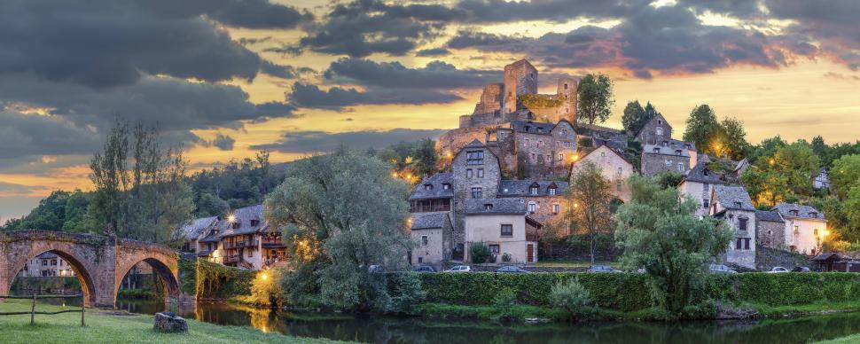 Un village de carte postale en Aveyron