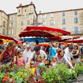 Villefranche de Rouergue and its market