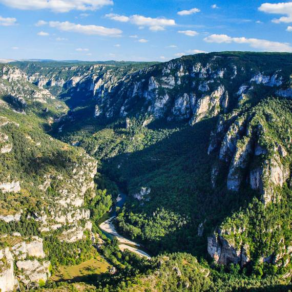 Les Grands Paysages De L Aveyron Entre Monts Et Vallees Tourisme Aveyron