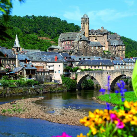 Village of Estaing
