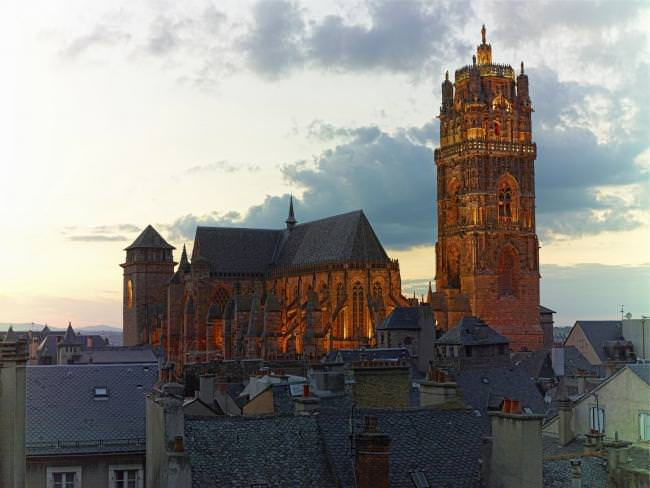 Bell tower of Rodez Cathedral, Aveyron © D. Viet - Tourisme Occitanie