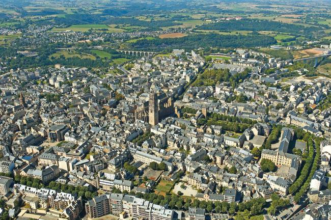 Rodez seen from above, Aveyron © C. Bousquet - CD12